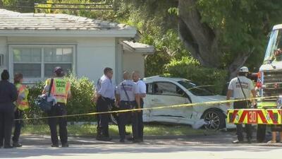 Al menos siete personas heridas deja el violento choque entre una limosina y un automóvil