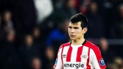 Hirving Lozano despide el 2017 con gol y asistencia en victoria del PSV