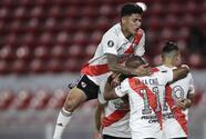 River vence a Nacional a pesar de fallar un penal y un gol anulado