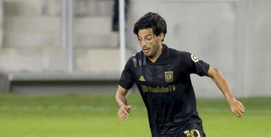 LAFC anunció la extensión del contrato de Carlos Vela