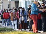 Cierran 9 de los 10 centros de votación por autoservicio en condado Harris como precaución a acciones legales