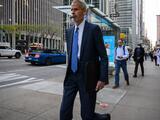 Trabajadores de NYC están regresando menos a las oficinas que los de otras ciudades: reporte