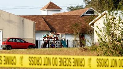Una embarazada y ocho miembros de una familia murieron en el tiroteo en una iglesia de Texas