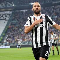 Higuaín y Dybala rubrican la victoria de Juventus ante Chievo