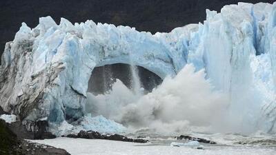 Se rompió el puente de hielo del glaciar Perito Moreno en Argentina