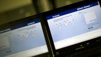 Facebook perdió 20,000 dólares por cada minuto que estuvo caído