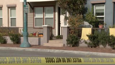 Hallan a niño muerto en casa de mujer arrestada por correr semidesnuda en la calle