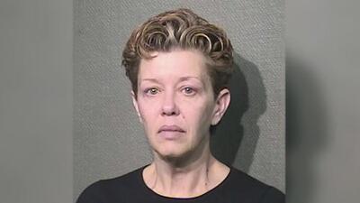 Mujer enfrenta cargos por publicar una 'oferta sexual' en Craiglist a nombre de supuesta amante de su esposo