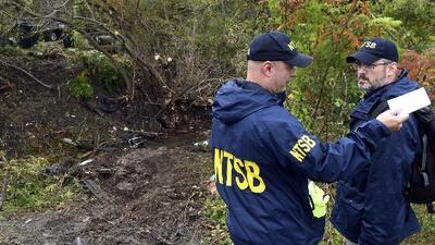 Autoridades investigan accidente de una limusina en el que murieron sus 18 ocupantes y dos peatones