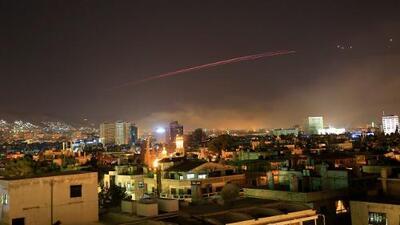 """Siria derriba 13 misiles con su """"anillo de acero"""", según la televisión estatal"""