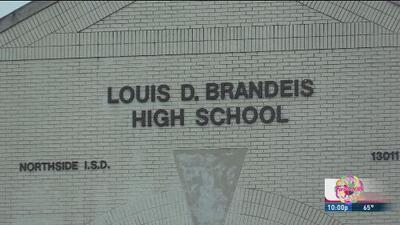 Investigan caso de tuberculosis en la preparatoria Brandeis