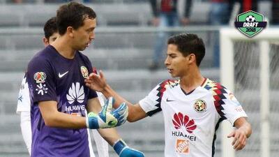 Existe interés de Boca por Agustín Marchesín y no hay ofertas formales por Diego Lainez