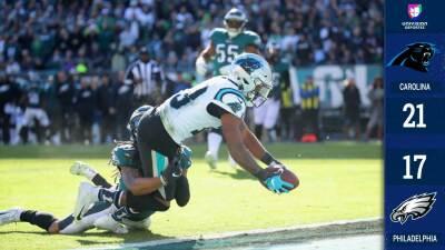 Con 21 puntos en el último cuarto, los Panthers remontan y vencen a los Eagles