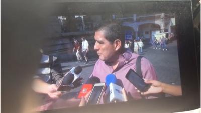 Exárbitro Gilberto Alcalá quedó en medio de una balacera durante una entrevista en Cuernavaca