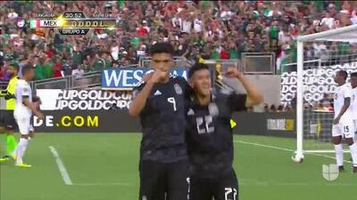 ¡GOOOL! Raúl Jiménez anota para Mexico