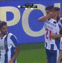 Con asistencia de Miguel Laýun, Porto superó por la mínima al Estoril