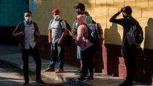 Bajo presión, EEUU comienza este viernes a procesar a los solicitantes de asilo varados en México