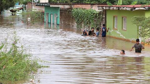 Amenaza de epidemias en Nayarit, México, tras la devastación que dejó el Huracán Willa