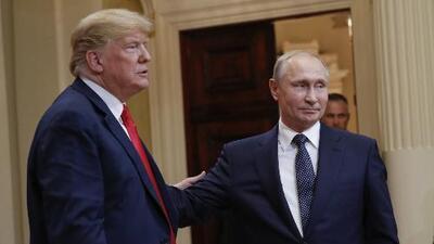 """Trump es acusado de """"traidor"""" tras declaraciones con Putin en la cumbre de Helsinki"""