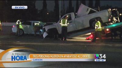 Tres personas mueren en accidente vehicular en la 405