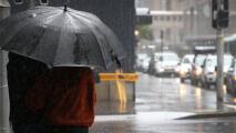 No olvides tu paraguas y un buen abrigo: se espera un jueves frío y lluvioso en Dallas
