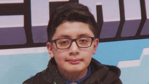 ¿Cómo pudo acceder a un arma el joven de 13 años que se disparó en un baño de su escuela en Lyons?