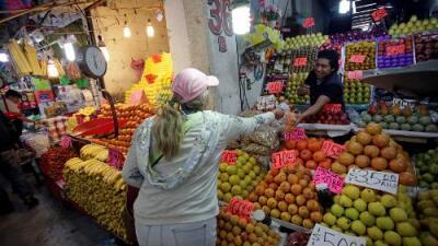Así afecta a los mercados de frutas y verduras la escasez de combustible en la Ciudad de México