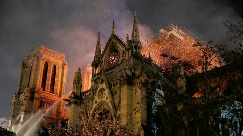 Corresponsal de Univision Noticias narra los momentos que vivió dentro de la catedral de Notre Dame cuando inició el incendio