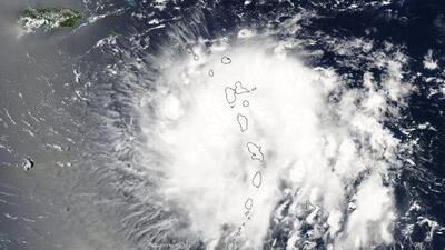 ¿Qué debo hacer durante un huracán?