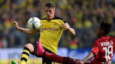 Borussia Dortmund golea al Leverkusen y mantiene lucha por el liderato en la Bundesliga