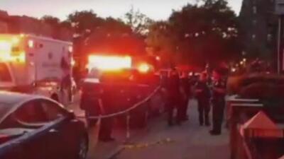 Dos hombres resultan heridos luego de un tiroteo en Brooklyn