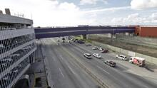A pocas millas de donde Trump visita los prototipos de muro, funciona un puente que une con éxito a EEUU y México desde hace dos años