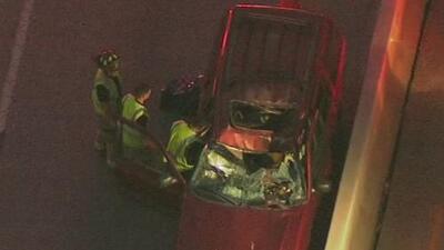 Un hombre muere luego de que una llanta golpeara su vehículo en una autopista en Houston