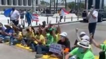 Pensionados se manifiestan frente al Capitolio para pedir un retiro digno