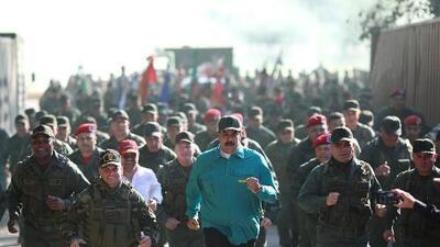 Una transición exitosa en Venezuela debe incluir a los militares, dice el International Crisis Group