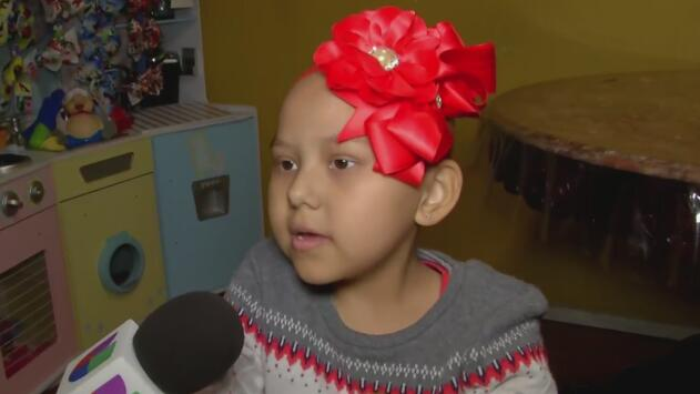 Esta pequeña niña con cáncer es un ejemplo de amor y de lo que podemos hacer en este 'Giving Tuesday'