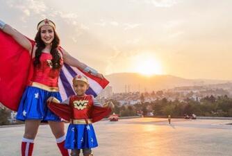 Ariadne Díaz se convirtió en la 'Mujer Maravilla' para cumplir el sueño de una niña con cáncer