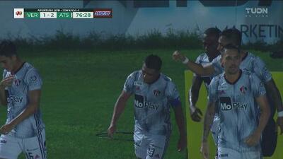 Interviene el VAR, hay penalti y gol para el Atlas