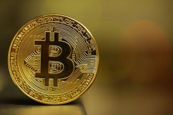 Protéjase de fraudes y estafas que buscan que convierta su dinero en Bitcoins