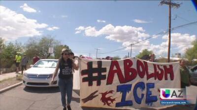 Protestan contra el programa 287G frente a la cárcel del condado Pima