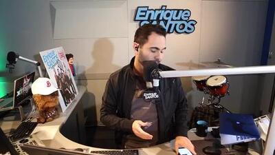 Phone Jack de Enrique Santos a Maluma