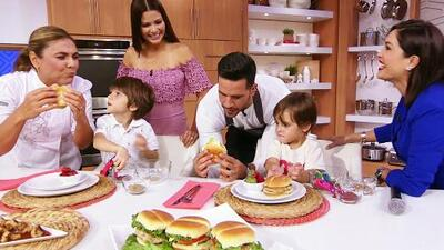 Vegetales para los niños sin que los noten: aprende a preparar esta hamburguesa de pollo que les encantará