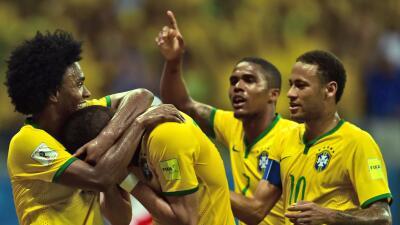 Grupo B: Brasil con un grupo a modo para avanzar