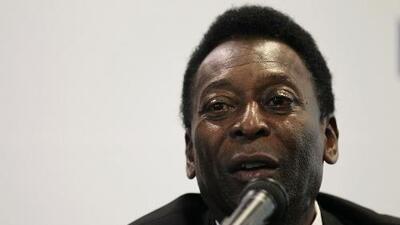 El asesor de Pelé asegura que el exjugador no fue hospitalizado y se encuentra bien