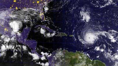 Irma avanza hacia las Antillas Menores como huracán categoría 5