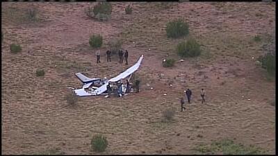 Mueren dos personas tras estrellarse una avioneta en Albuquerque