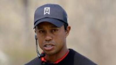 ¡Tiger Woods baja al octavo puesto!