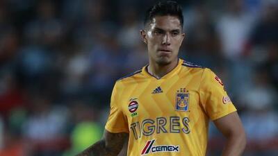 Carlos Salcedo: ''Fui honesto con el 'Tuca' y le dije que no estaba para jugar un partido completo''