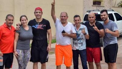 Hermano del boxeador Julio César Chávez muere a balazos en su casa de Sinaloa