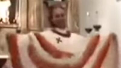#LadyPadre, el sacerdote mexicano que baila en misa y enciende las redes